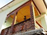Балкон - колони и елементи от дърворезба