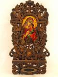 Икона с дърворезба
