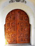 Входна порта на църква - с. Поповяне